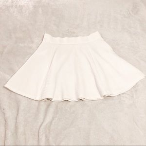 H&M | White Skater Skirt